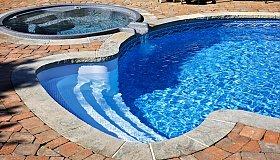 swimming-pool-with-hot-tub_grid.jpg