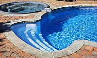 What points should be kept in mind while selecting a swimming pool filtration system?