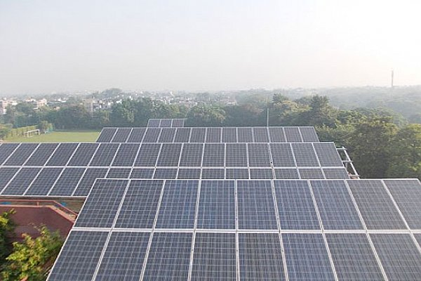 Highly Efficient Solar panel Manufacturing Equipment in India