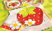 strawberry party plates in Dubai
