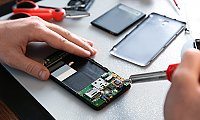 Mobile battery replacement shop in UAE