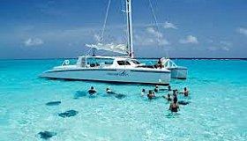 yachtscancunluxurycharters1_grid.jpg