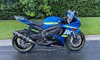 2017 Suzuki gsx r750cc available for sale