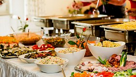Catering_Service_in_Dubai_grid.jpg