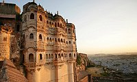 Best Rajasthan tour package service provider in Jaipur for book tourist place